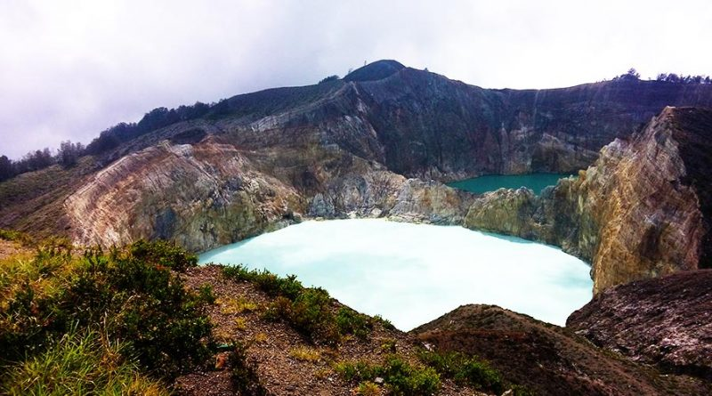 Kelimutu lake & Dragon Tours 3 Days 2 Nights